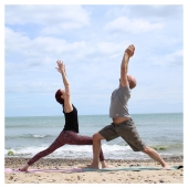 Yoga and healthy living are a huge part of our household. Take the time out to care for yourselves and each other. Hard to believe this pic was taken on an Irish beach last year. Looking forward to more Yoga-beach-time this year.  📸@enhancelifestyles  #livewell #healthandwellnessjourney #glutenfree #dairyfree #nonalcholicdrinks #vegan #begoodtoyourgut #guthealth #wellness #plantbased #healingjuice #benefitsofjuicing #tasty #tastessogood #dreaming #dreamingofsummer